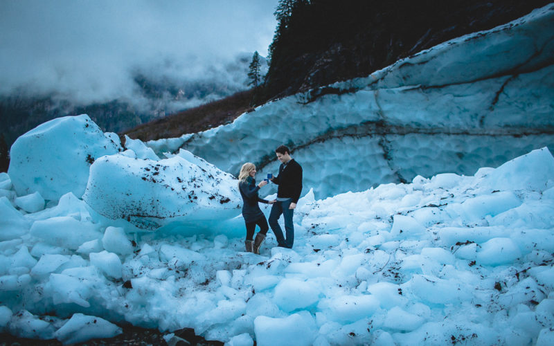 Amy & Dave // Twilight at Big Four Ice Caves