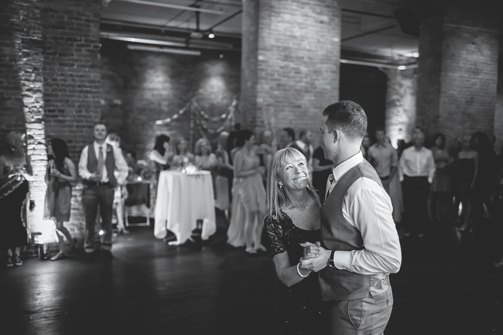 axis_wedding_seattle_downtown-038