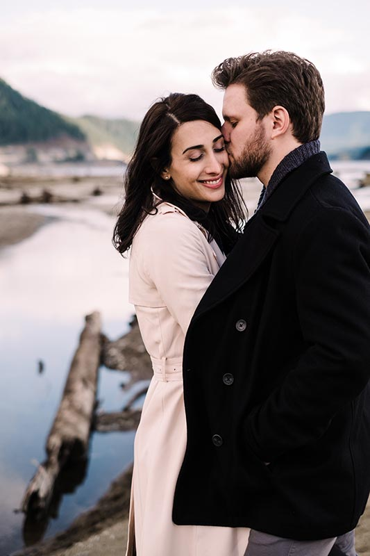Here are the top 10 engagement photography locations in Washington and the PNW..
