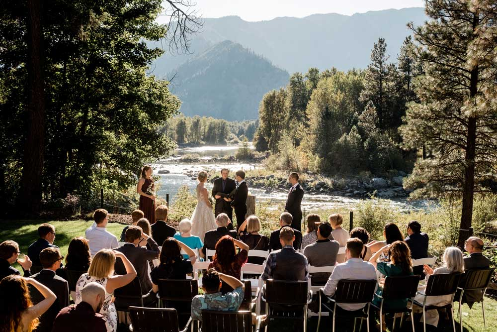 Riverside vacation home wedding.